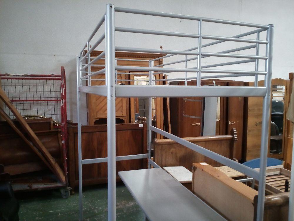 lit mezzanine metal bureau occasion la cabane du troc. Black Bedroom Furniture Sets. Home Design Ideas