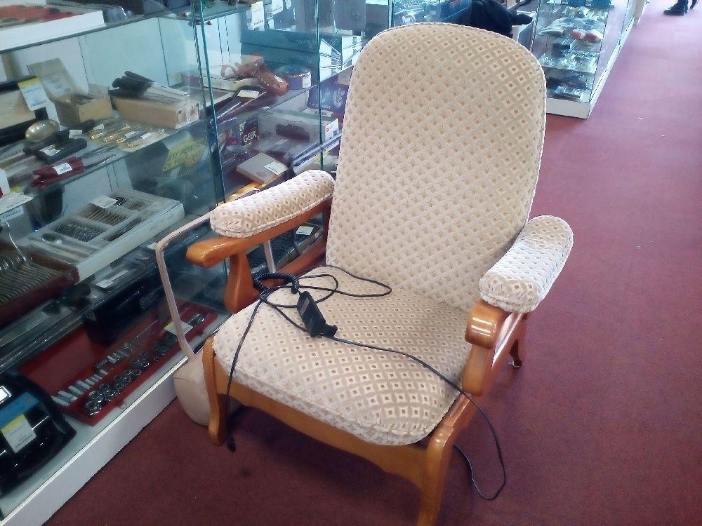 fauteuil lectrique everstyle occasion la cabane du troc. Black Bedroom Furniture Sets. Home Design Ideas