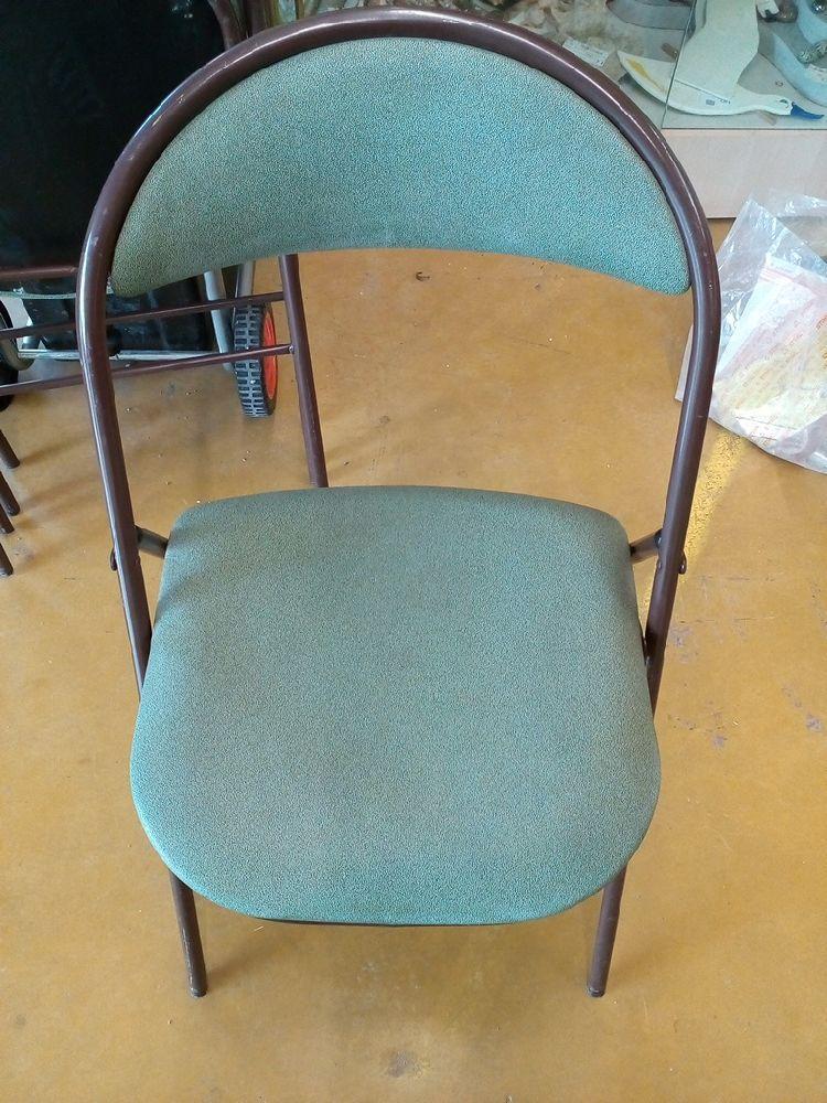 chaise pliante verte occasion le troc. Black Bedroom Furniture Sets. Home Design Ideas