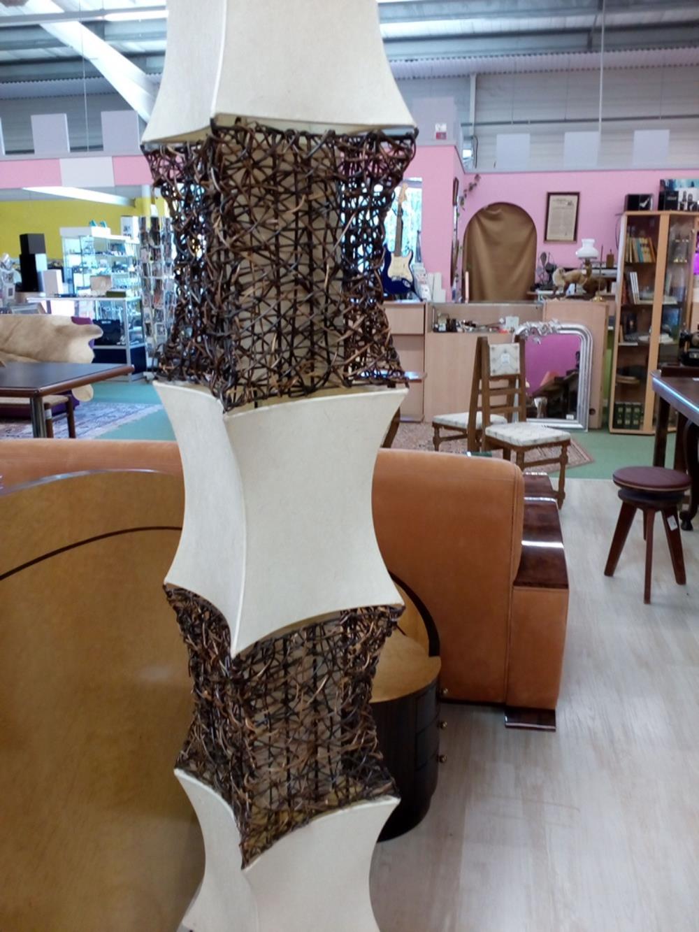 lampe deco roche bobois occasion le troc. Black Bedroom Furniture Sets. Home Design Ideas