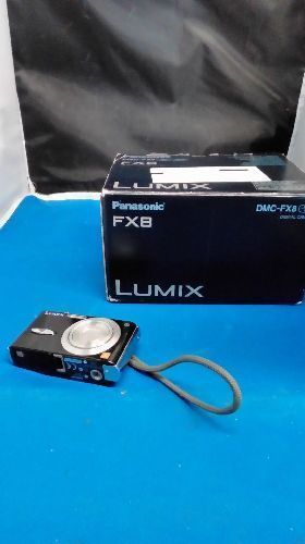APPAREIL PHOTO PANASONIC LUMIX FX-8