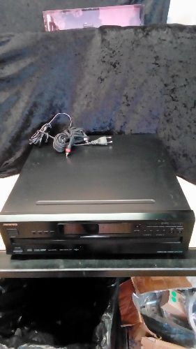 COMPACT 6 DISC ONKYO DX-C390
