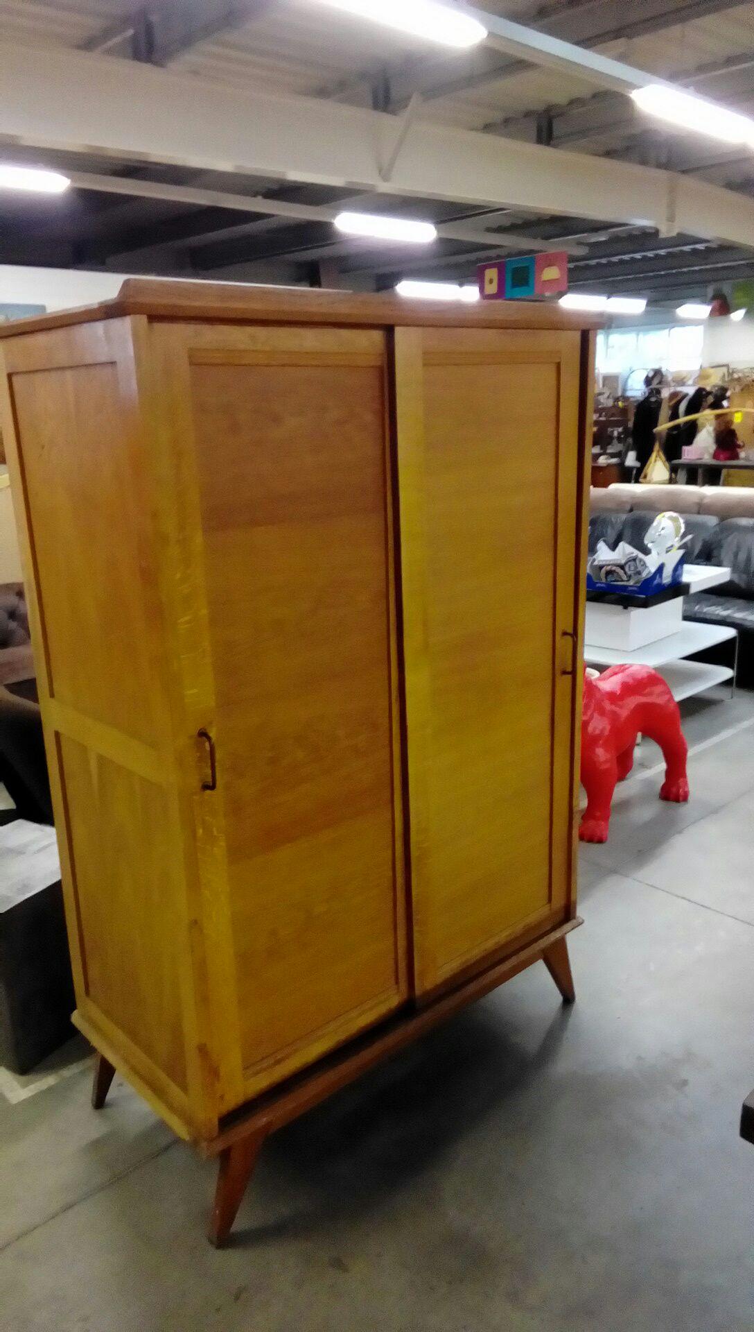 armoire 2p 1950 occasion troc nancy. Black Bedroom Furniture Sets. Home Design Ideas
