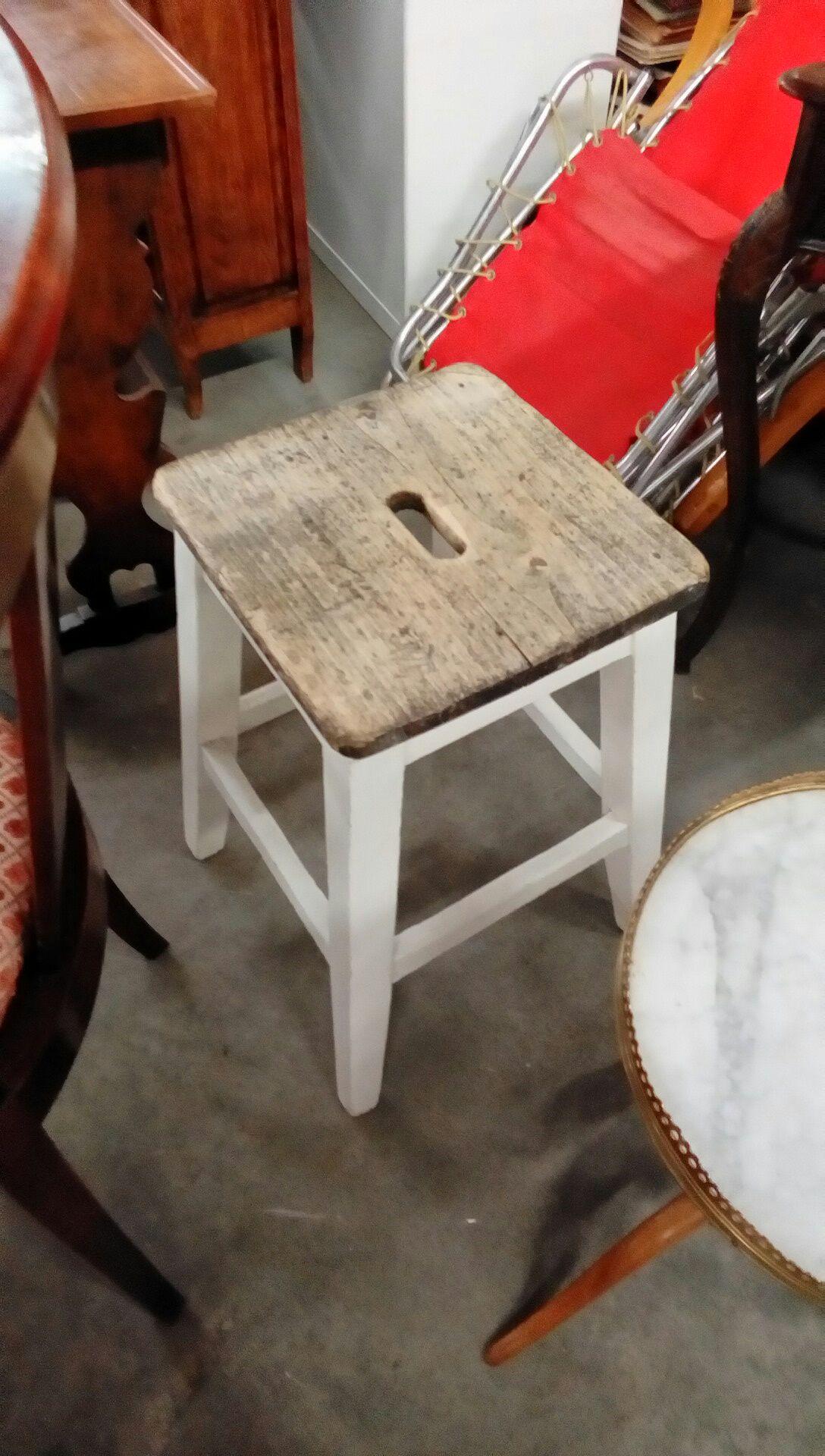 tabouret occasion troc nancy. Black Bedroom Furniture Sets. Home Design Ideas