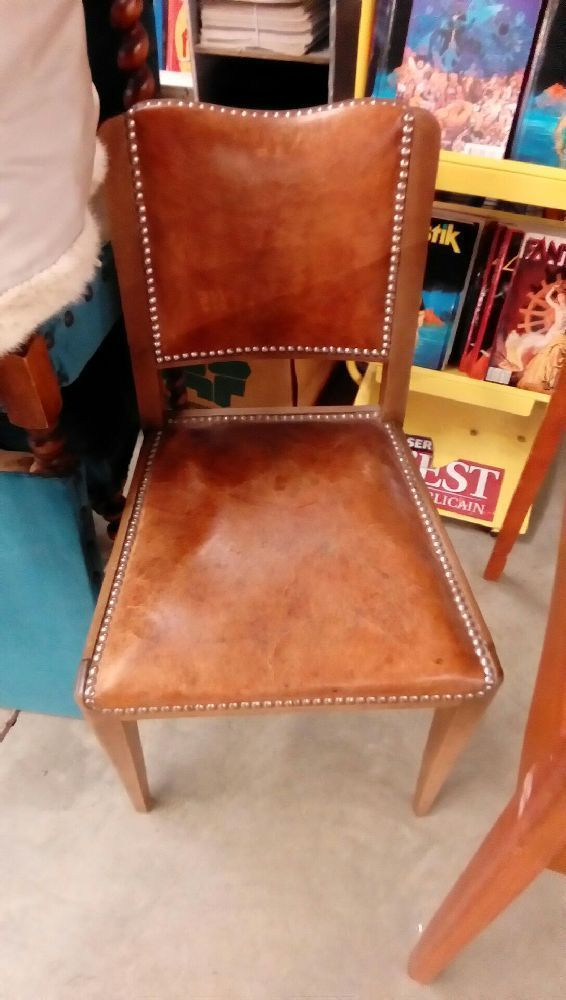 chaise cuir occasion troc nancy. Black Bedroom Furniture Sets. Home Design Ideas