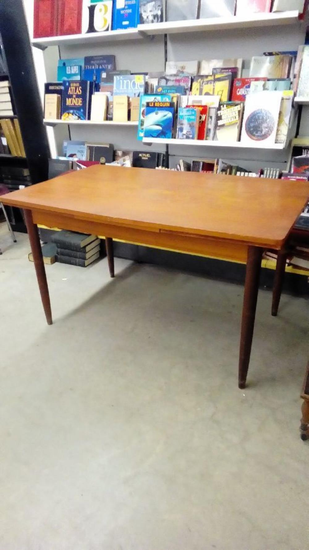 table st scandinave occasion troc nancy. Black Bedroom Furniture Sets. Home Design Ideas