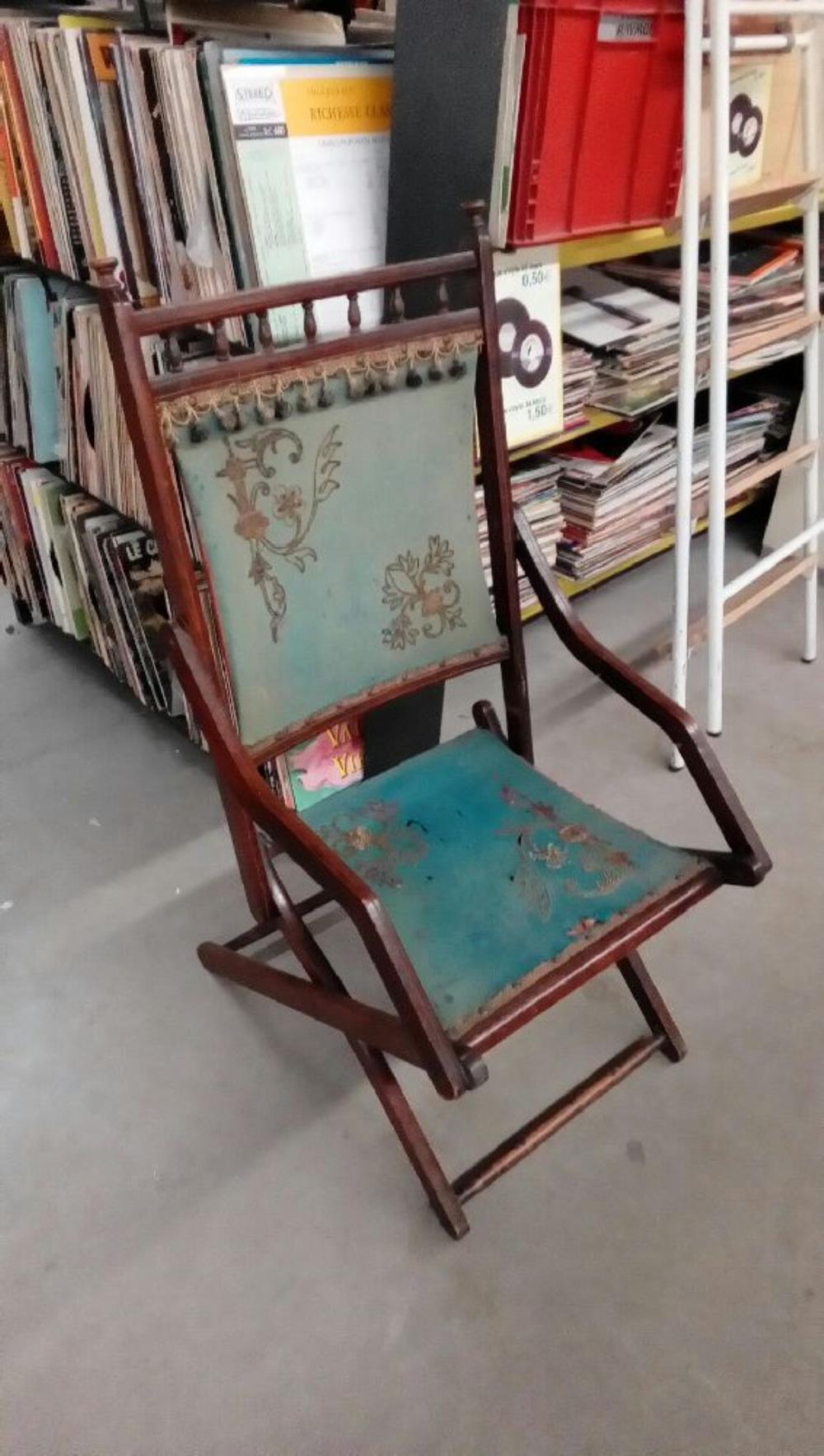 fauteuil pliant occasion troc nancy. Black Bedroom Furniture Sets. Home Design Ideas