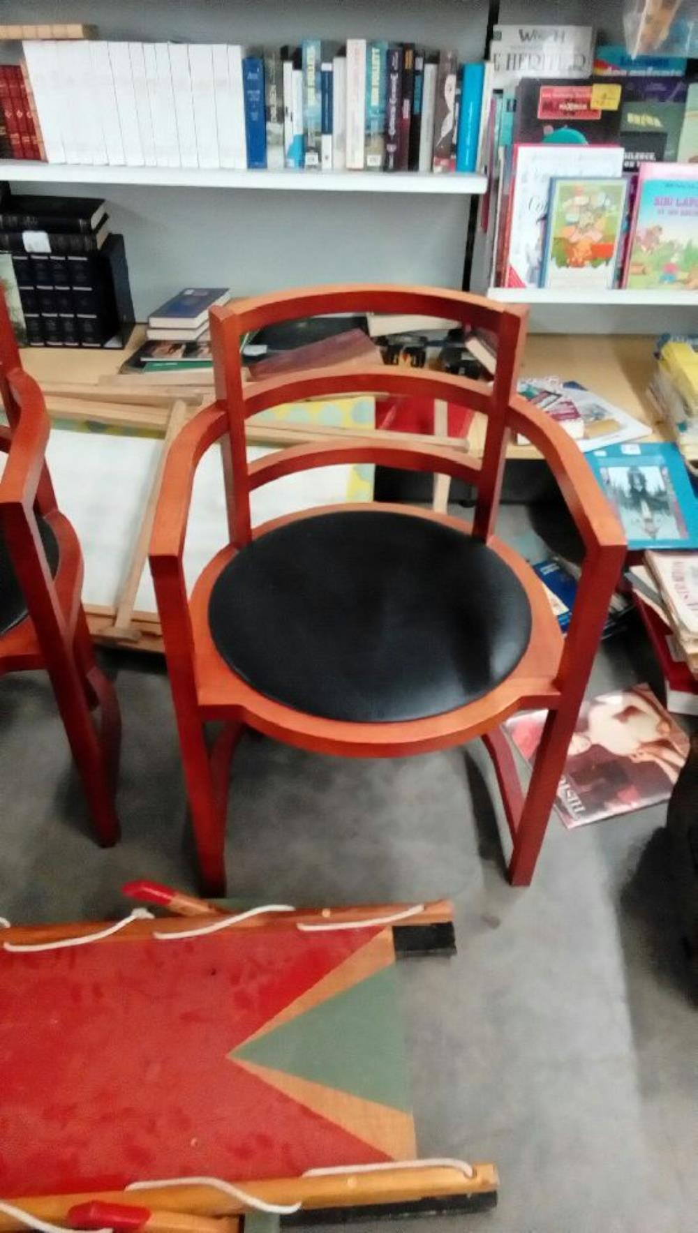 fauteuil occasion troc nancy. Black Bedroom Furniture Sets. Home Design Ideas