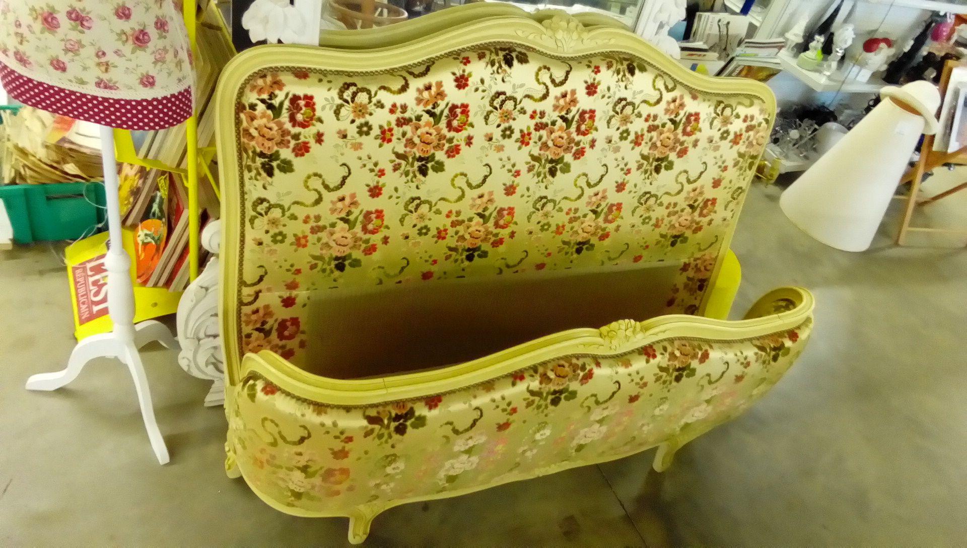 lit style louis xv 1 2 corbeille occasion troc nancy. Black Bedroom Furniture Sets. Home Design Ideas