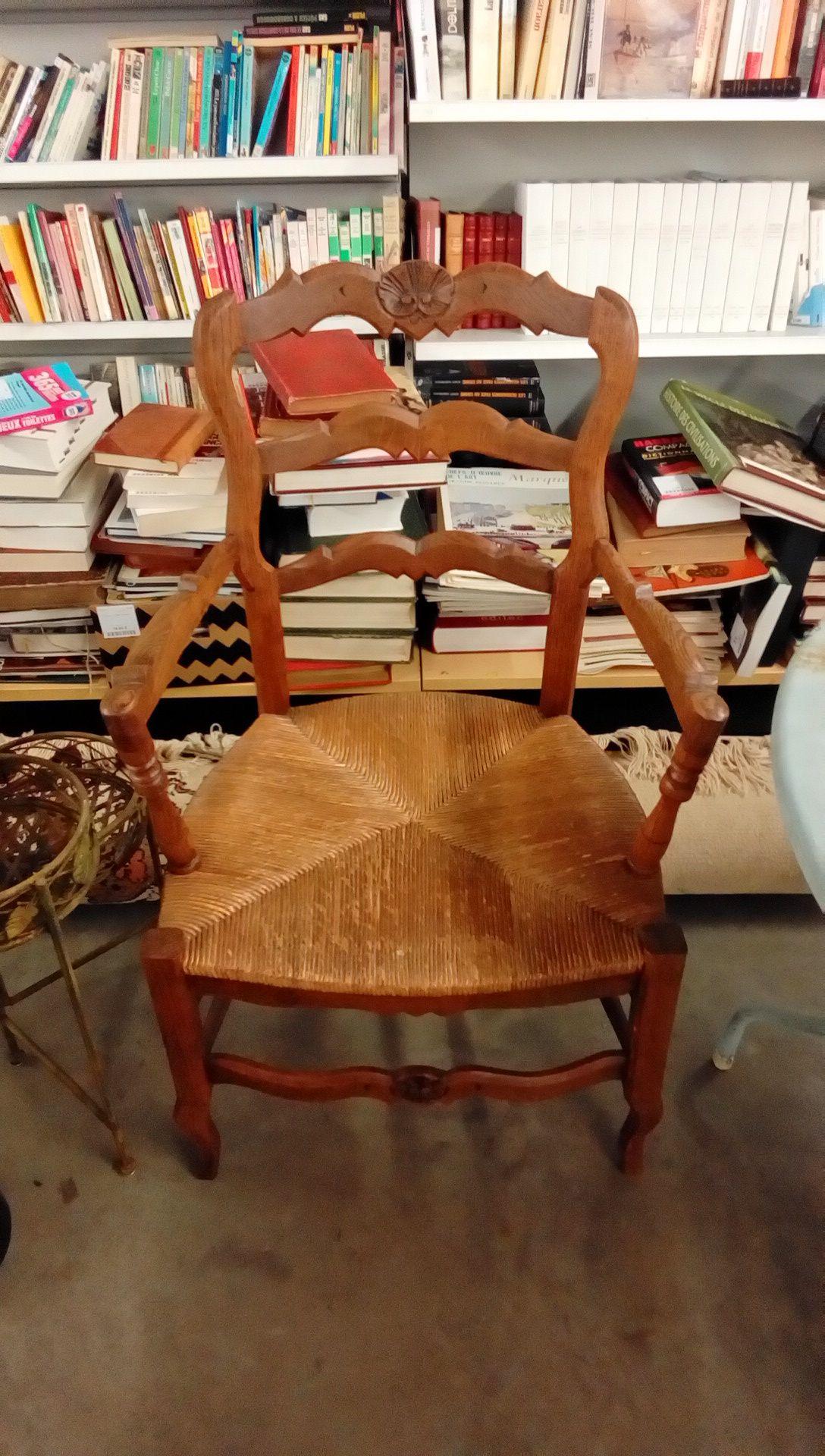 fauteuil rustique occasion troc nancy. Black Bedroom Furniture Sets. Home Design Ideas
