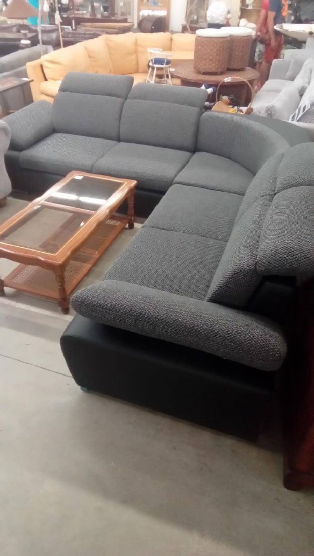 magasin canap nancy magasin de canape cuir pourquoi acheter un canapac cuir sur internet. Black Bedroom Furniture Sets. Home Design Ideas