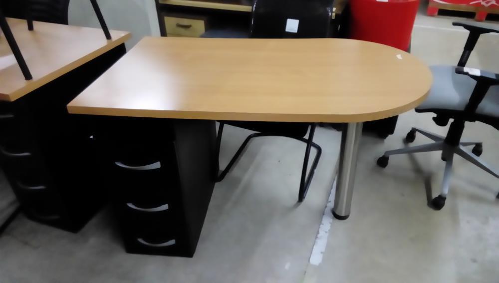 Bureau moderne cote arrondi tiroirs occasion troc forbach