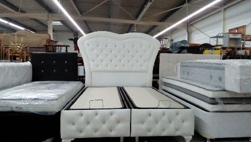 lit coffre nice 140x190 blanc neuf troc forbach. Black Bedroom Furniture Sets. Home Design Ideas