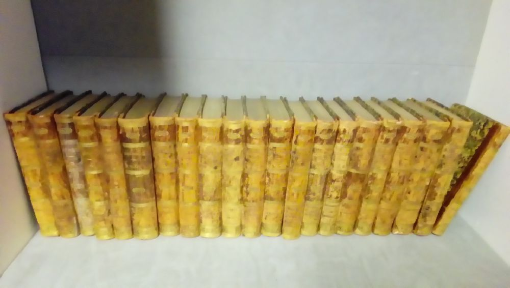 LOT DE 21 VOLUMES JEAN JACQUES ROUSSEAU 1822