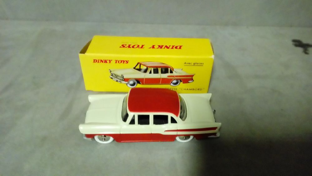 VOITURE REPRO DINKY TOYS SIMCA VEDETTE CHAMBORD 24K  MATTEL