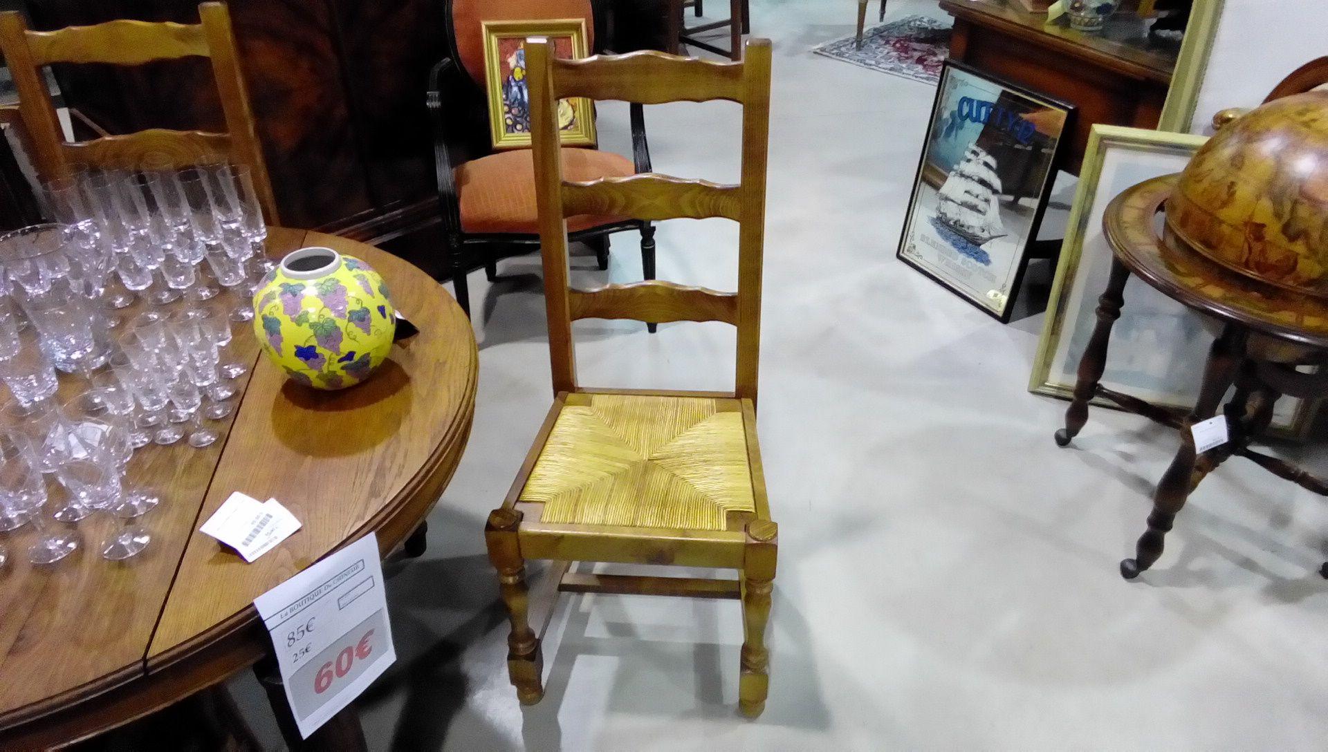 lot de 6 chaises rustique paillees occasion la boutique du chineur. Black Bedroom Furniture Sets. Home Design Ideas