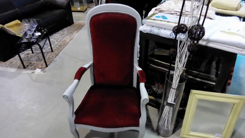 fauteuil occasion fauteuil barcelona knoll occasion fauteuil tulipe saarinen interior design. Black Bedroom Furniture Sets. Home Design Ideas