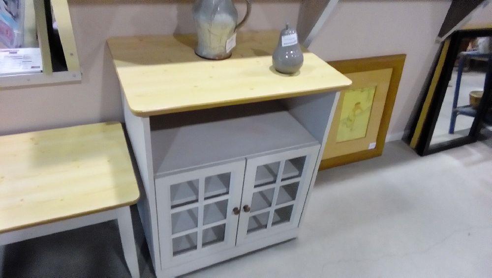 Meuble tele vitre blanc roulette occasion la boutique for Petit meuble tele blanc