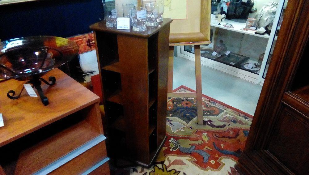 meuble tournant pour cd merisier massif occasion la boutique du chineur. Black Bedroom Furniture Sets. Home Design Ideas