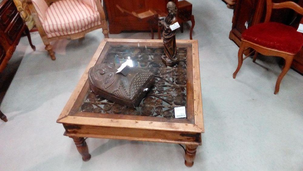 table basse bois exotique dessous fer forge