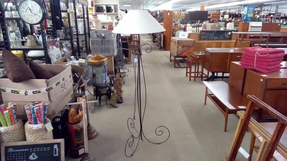 Lampe Sur Pied Fer Forge Occasion Troc 35