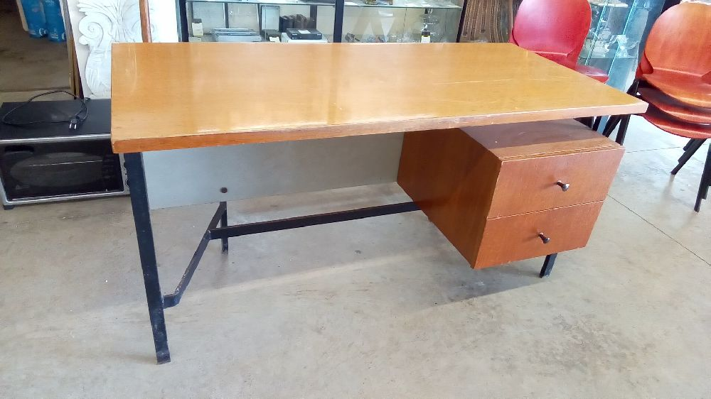 Tables et bureaux steel home
