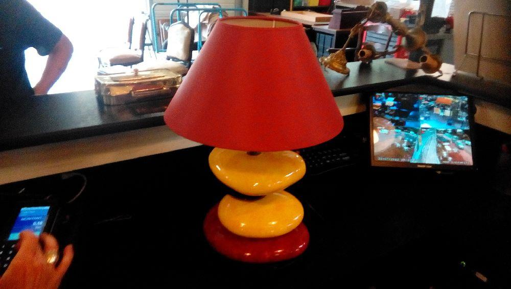 Lampe Galets Ceramique Rouge Et Jaune Occasion Troc Fecamp