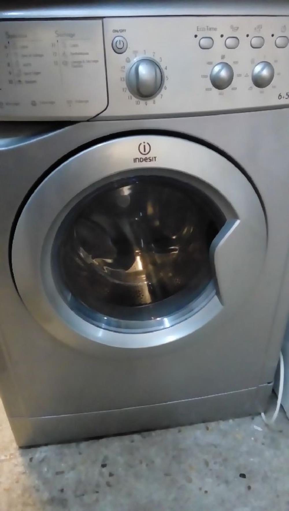 machine a laver indesit grise lavante sechante 6kg 5kg. Black Bedroom Furniture Sets. Home Design Ideas