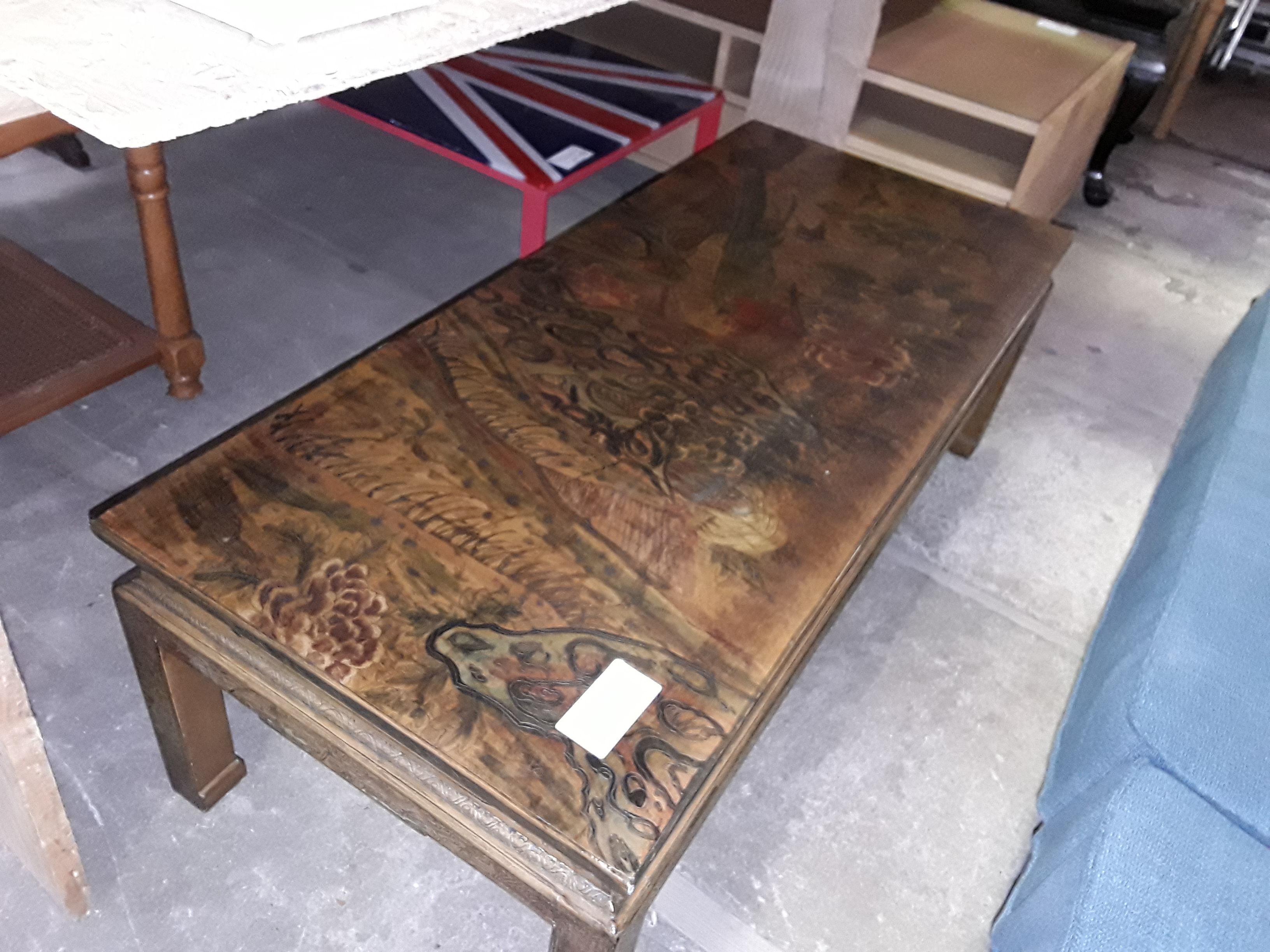 TABLE BASSE ASIATIQUE RELIEF 115/50CM