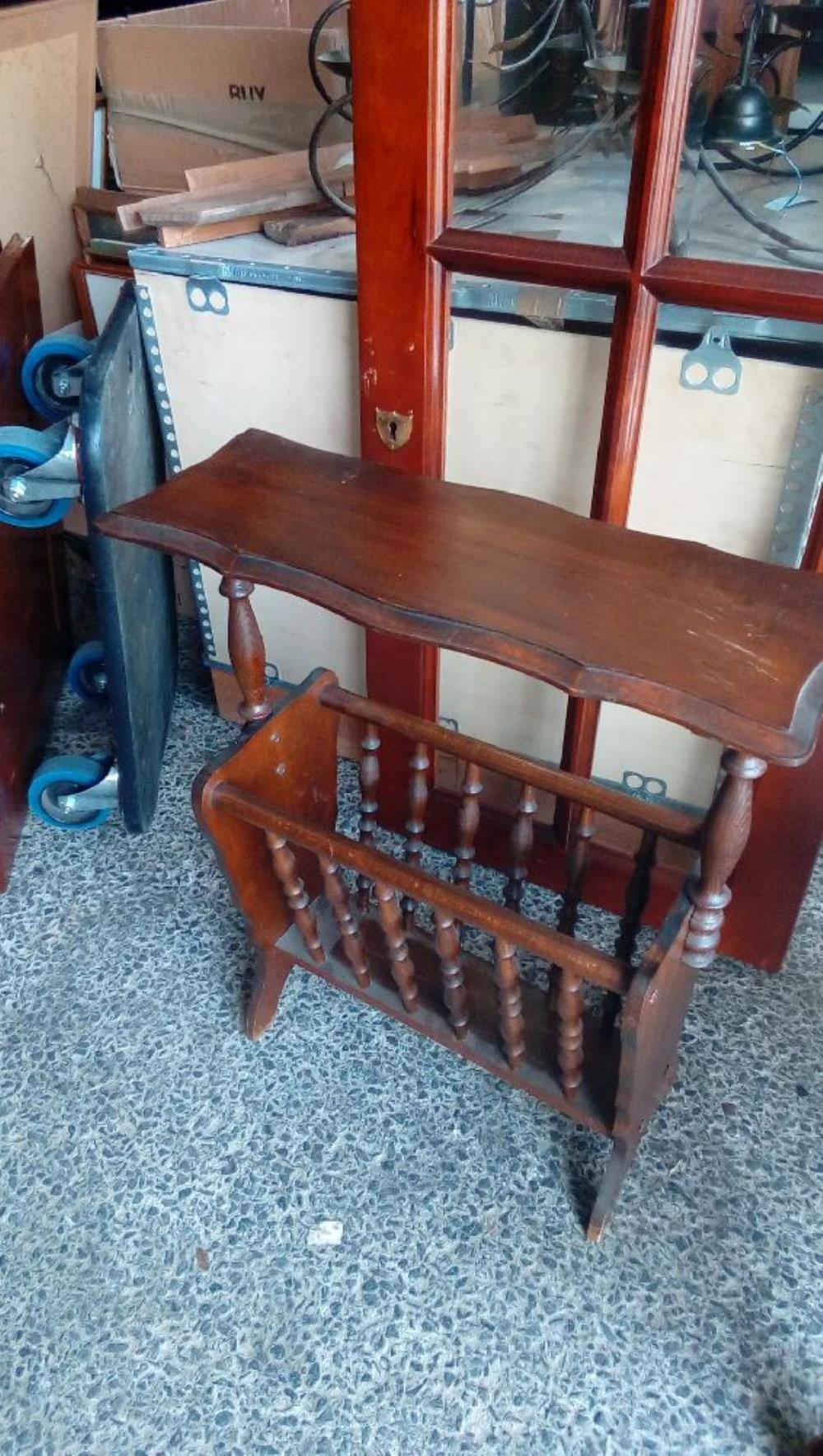 porte revues occasion troc cash. Black Bedroom Furniture Sets. Home Design Ideas