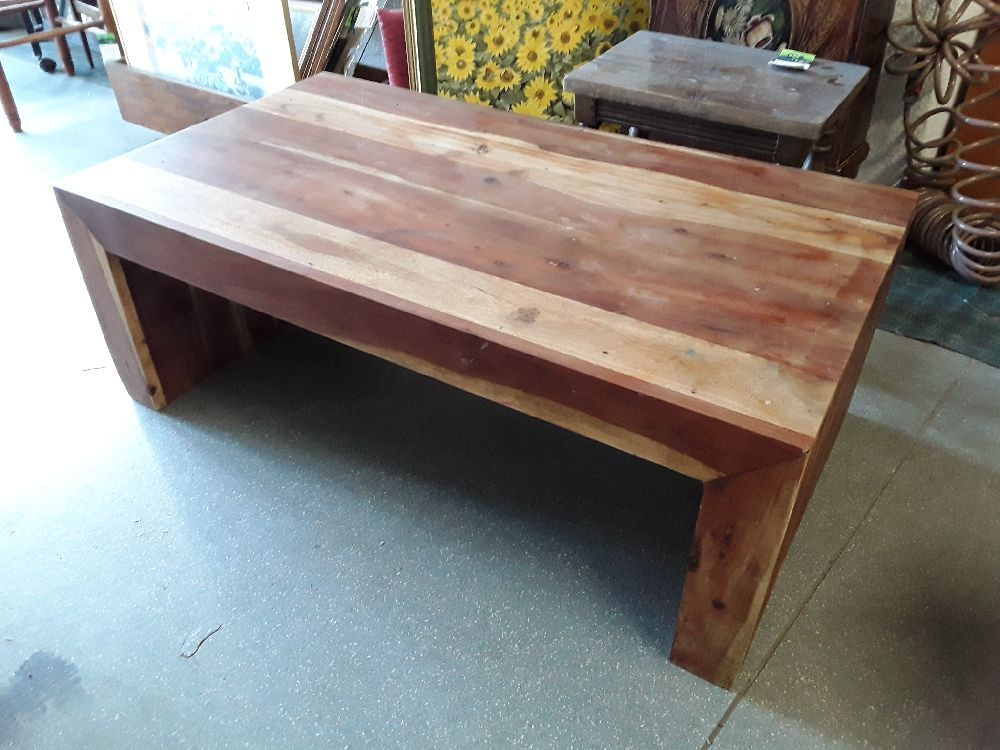 TABLE BASSE ACCACIA MASSIF