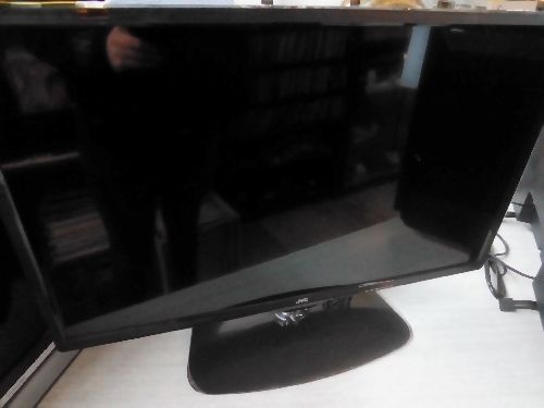 TV JVC LT-28HA72U