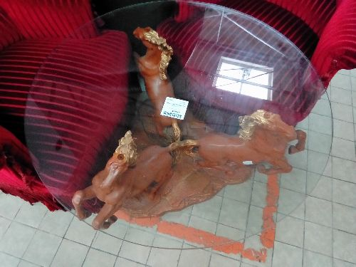 TABLE BASSE RONDE 3 CHEVAUX