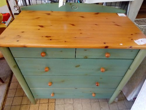 COMMODE PIN VERTE
