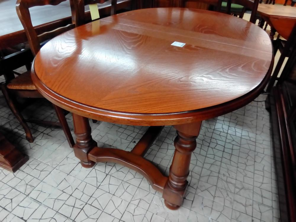 TABLE OVALE CHENE 1 ALL