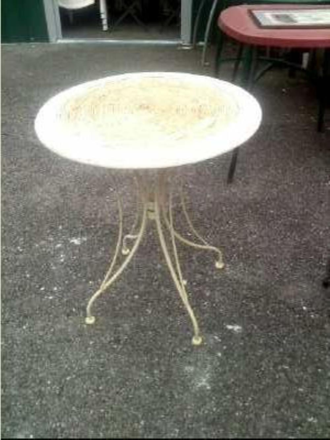 TABLE DE JARDIN PLATEAU BOIS DIA 61 CM occasion - Troc Annecy