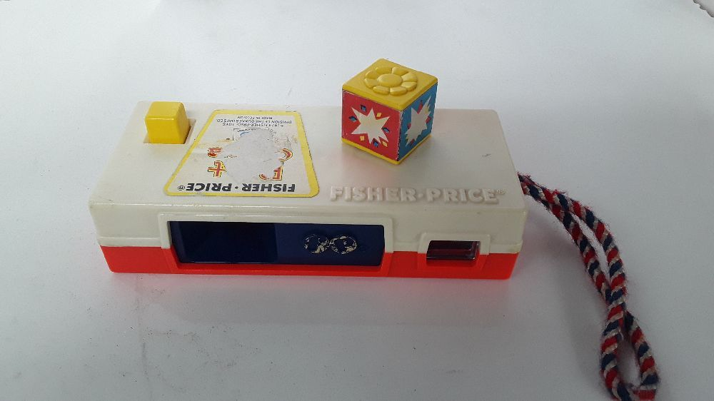 JOUET APPAREIL PHOTO FISHER PRICE ANIMAUX POCKET CAMERA 1974