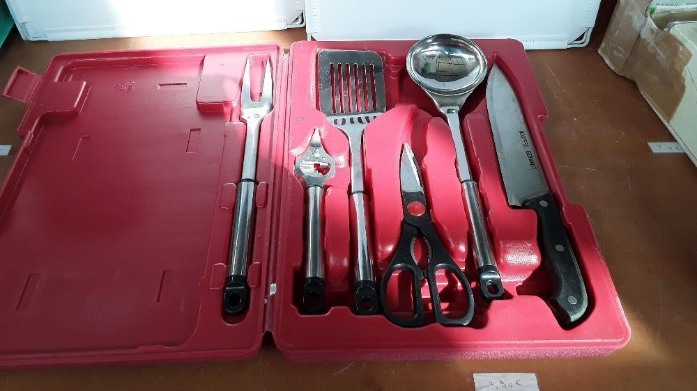 MALLETTE SET DE CUISINE 6 PIECES