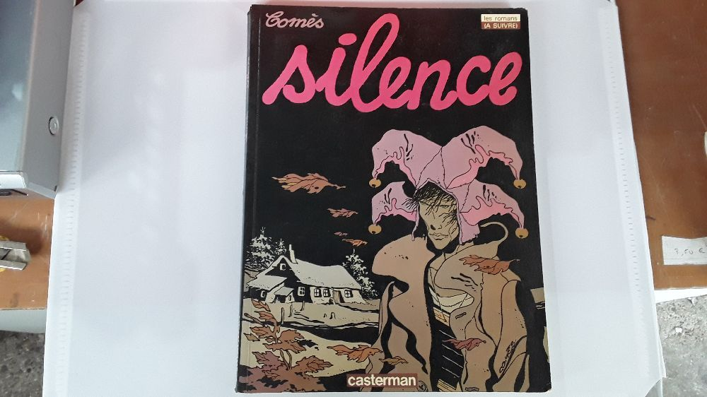 COMES SILENCE CASTERMAN