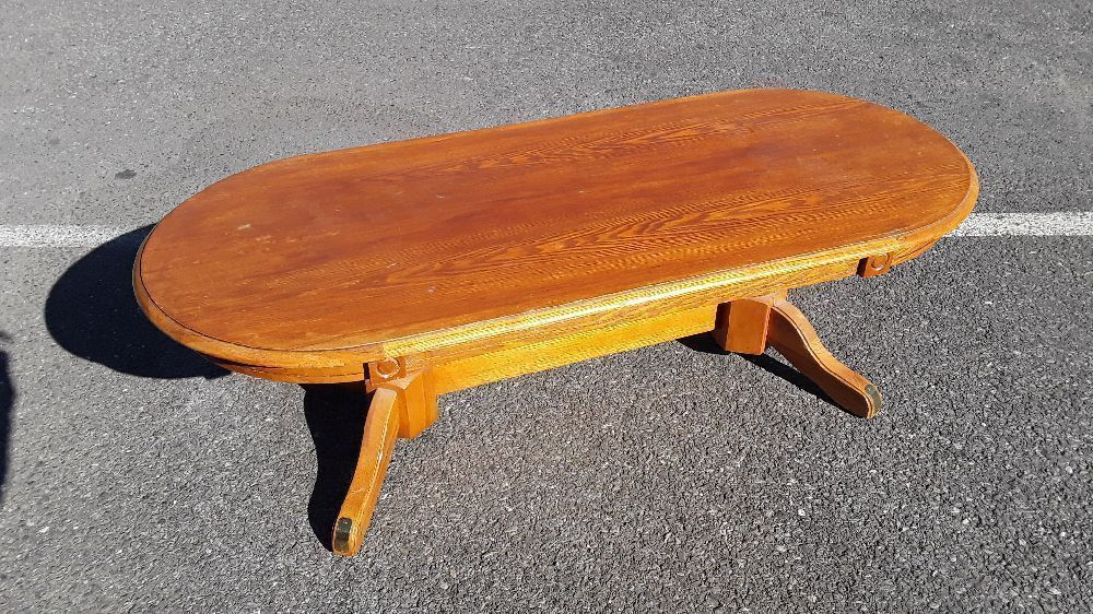 TABLE BASSE OVALE BOIS VINTAGE