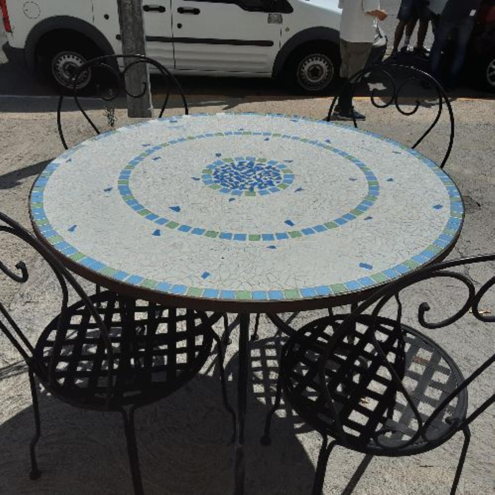 TABLE ZELIG BLEU
