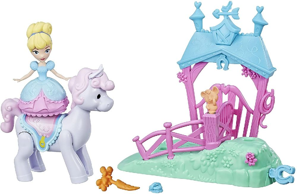 DISNEY PRINCESSES CENDRILLON ET SON CHEVAL